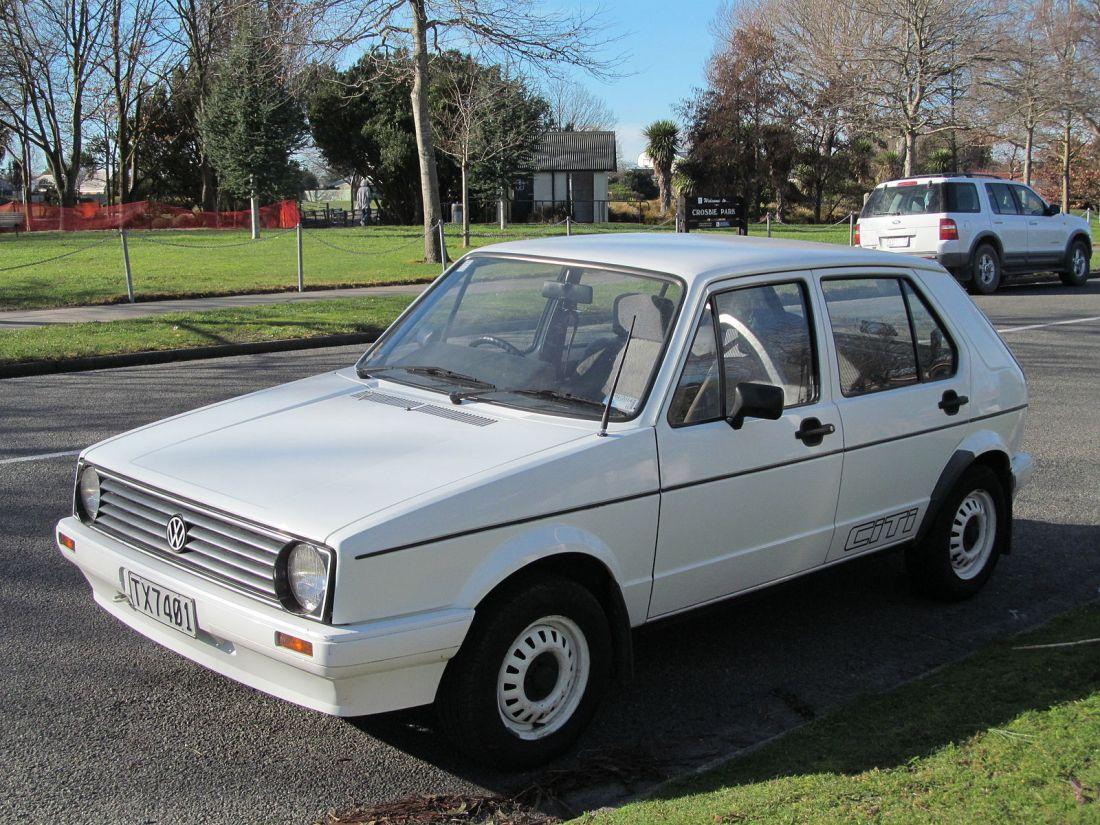 1992_Volkswagen_Citi_Golf_(9595839015)